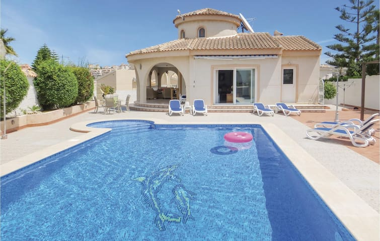 Holiday cottage with 3 bedrooms on 190m² in Quesada-Rojales