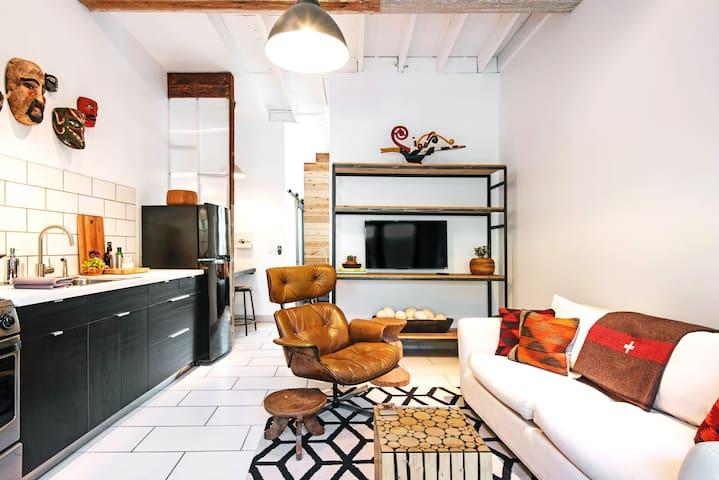Modern Design Loft close to Downtown LA