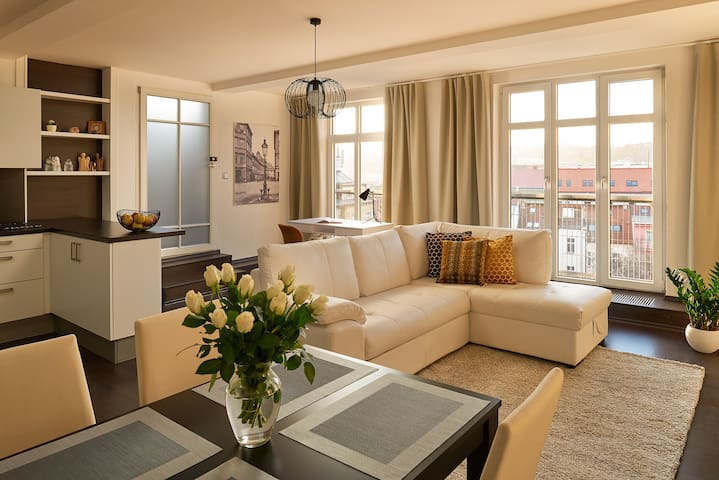 LUXURY LOFT WITH AMAZING VIEWS FROM TERRACE - Praga - Loft