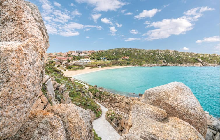 Holiday apartment with 2 bedrooms on 45m² in Santa Teresa Gallura