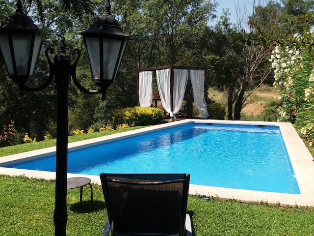 BEAUTIFUL HOUSE WITH PRIVATE SWIMMING POOL IN CABANYES