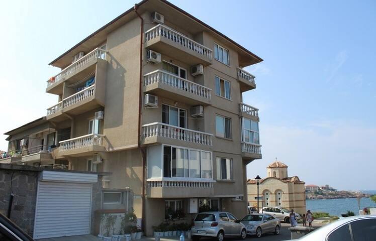 Къща за гости Цоневи - Созопол