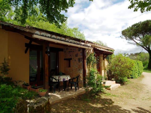 Dordogne Luxe Vakantiepark **** Gite 2/4 pers