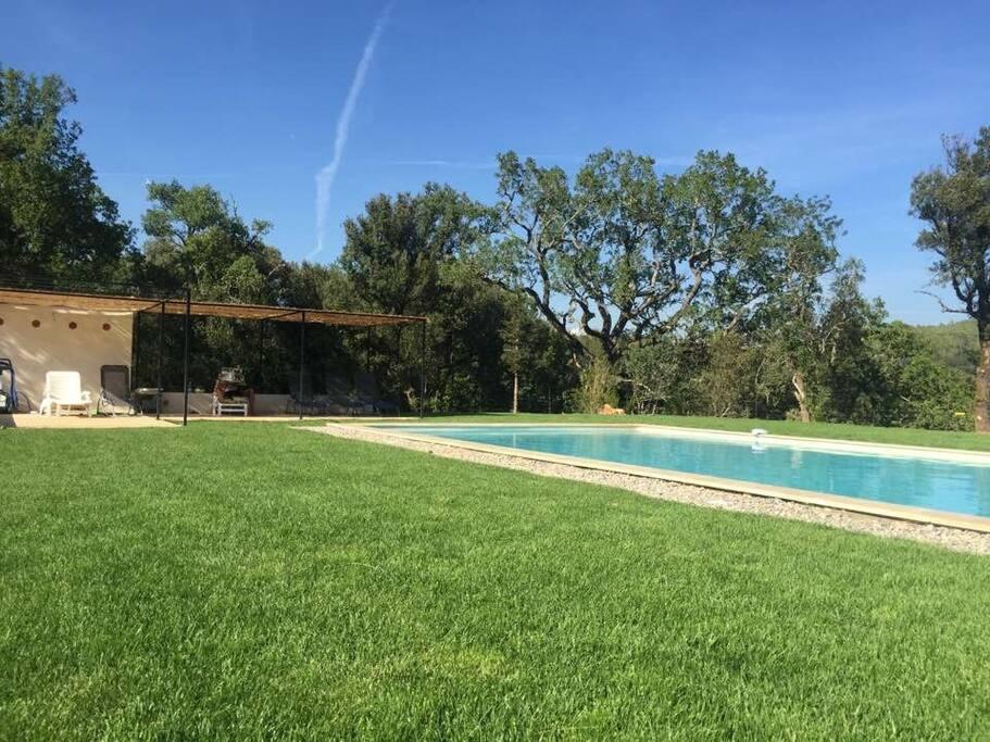 NEW ! La piscine du domaine de Montaud ;)