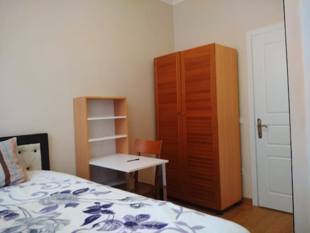 1+0 Apartment at the middle of Ortaköy/ 5min-Coast