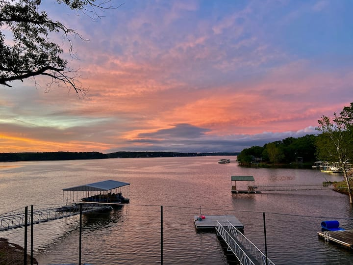 Spectacular Waterfront Luxury w/dock Grand Lake!!!