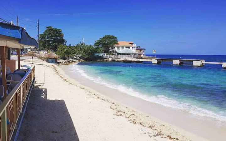 😍Middle of Negril  ⌇ 5 min walk 2 the BEACH🌴❗