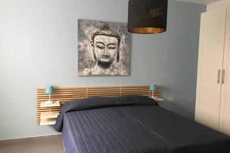The Overhills Suite Apartment