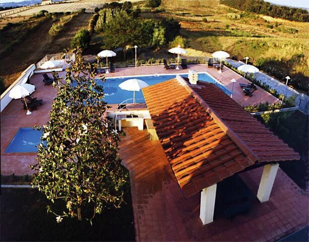 Villa Lavinia B&B - Toscana - Italy