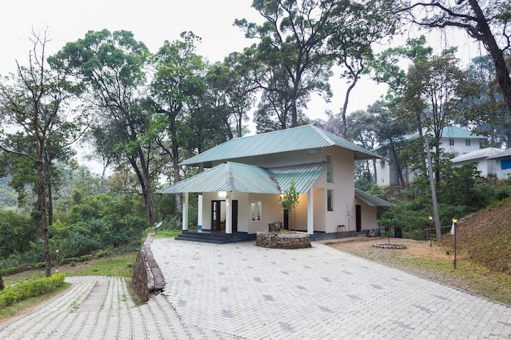 2 Bedroom bungalow in munnar - Munnar - Apartment