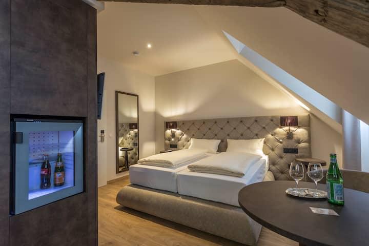 Design Doppelzimmer mit Stadtblick