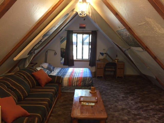 Spacious cozy A frame cabin room