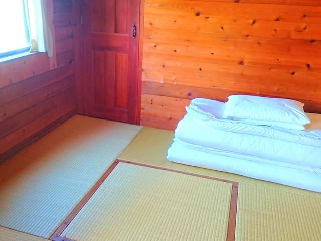 1F和室(四畳半)/ 1F Japanese Tatami Room