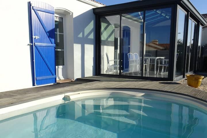 Maison de standing avec piscine près mer-commerce