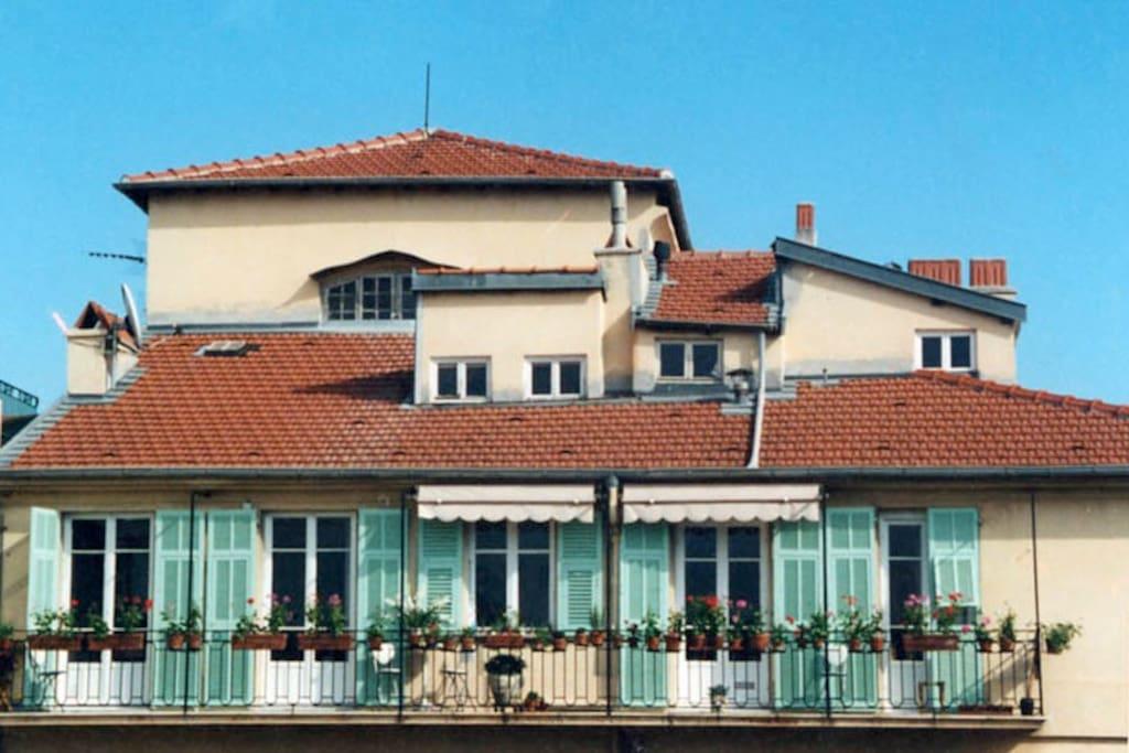 Westerly facing balcony