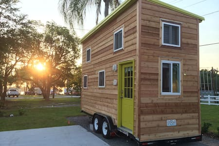 Disney/Legoland Lakeside TINYHOUSE! - Winter Haven - Andere