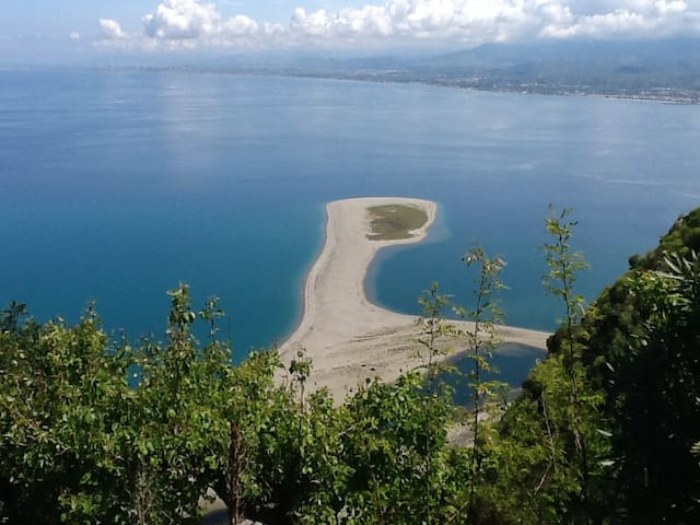 Stunning loft apartment on seafront - Falcone - Byt
