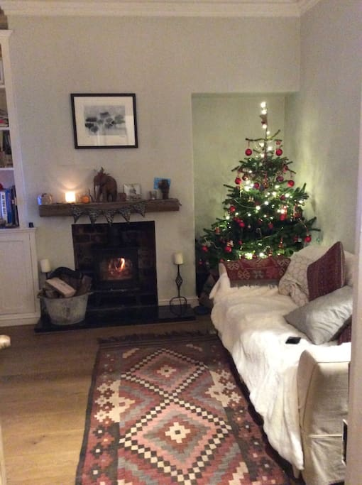 A Christmassy shot of the sitting room
