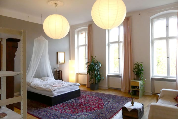 Great room in the heart of Kreuzberg