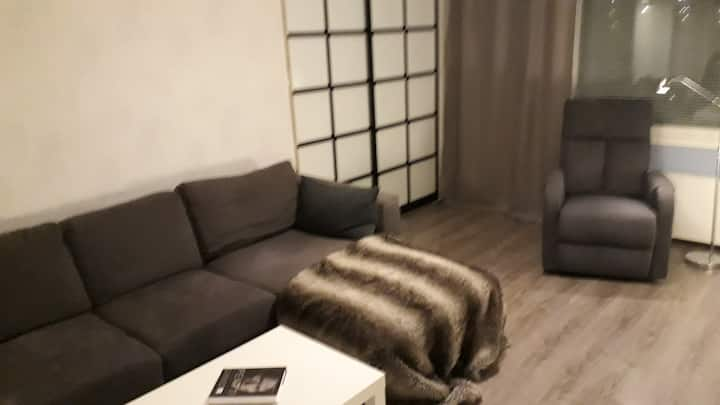 Siisti, rauhallinen huone/huoneisto Vaajakoskella