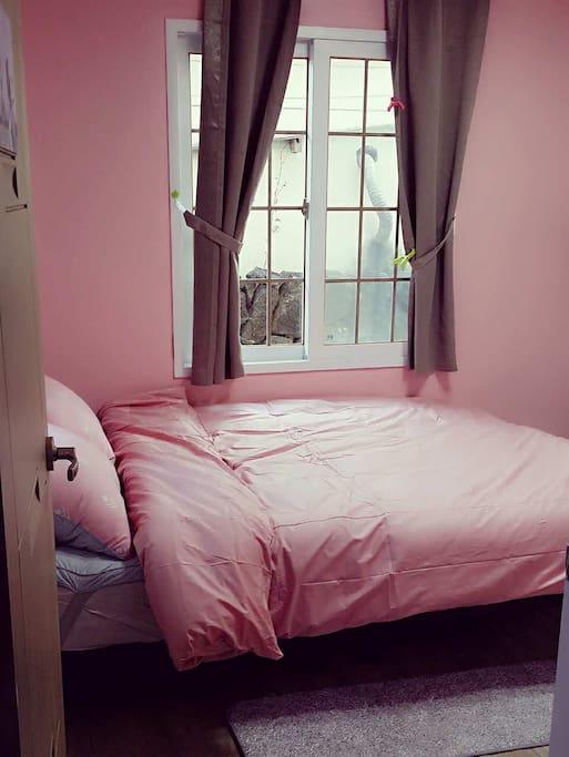 침실1 / 第一间房