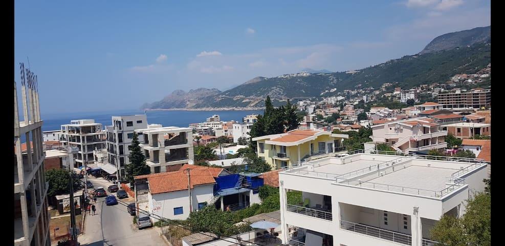 Perla Bianca Apartments - Blick auf Meer/Stadt 2