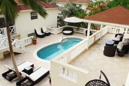 3 Bed West Coast Villa-Oceanview-Maid-Private Pool - Douglas