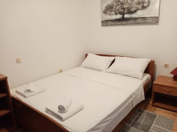 Charming apartment for two in Lopar