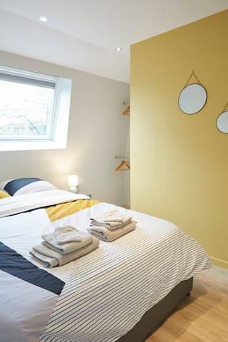 Chambre (lit 140x190)