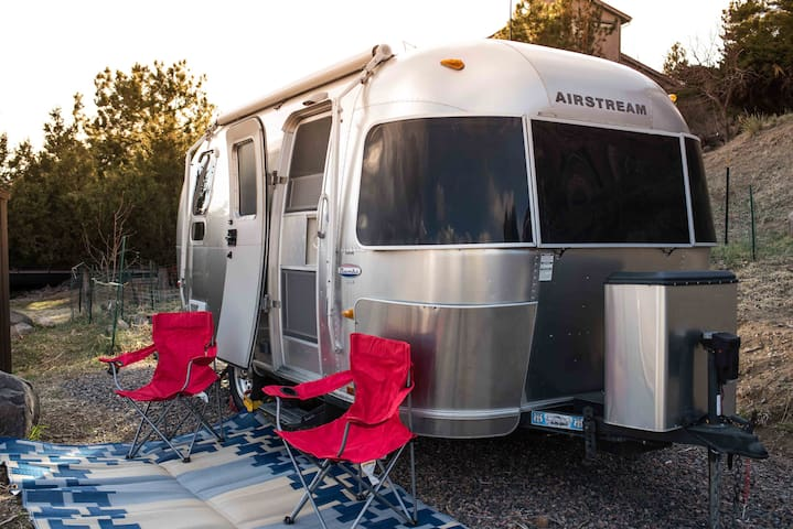 Airstream on North Table Mtn, Denver and mtn views - Golden - Bobil