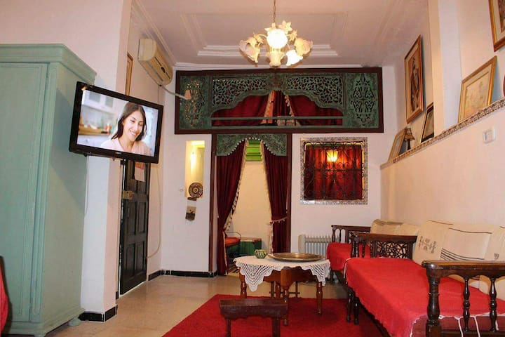 Apartment with Medina view - Tunis - Huoneisto