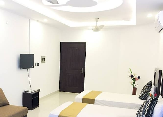 Furnished Portion in  Gulshan