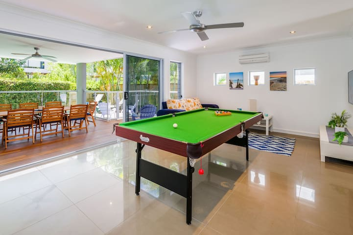 By the beach for couples - Hollywell - Townhouse