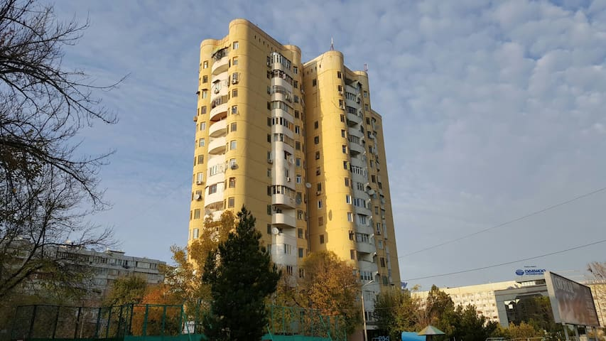City center apartment, Metro Oybek - Тошкент - Apartment