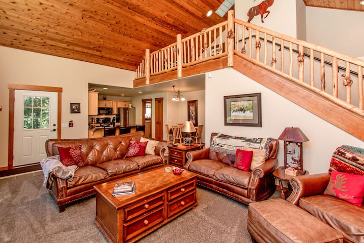 Elk Ridge Chalet-Upscale Cabin in Roslyn Ridge *Free Nights* Summer Pool