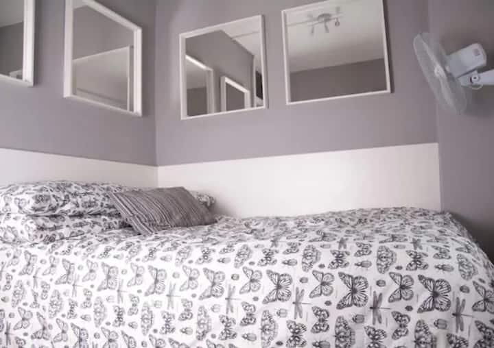 OCS-1.1-Accommodation In Old Compton Street Soho