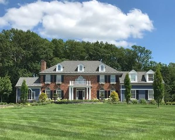 Beautiful country home in NJ near NYC/attractions