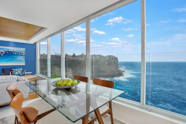 Escape in Luxury overlooking the Pacific Ocean