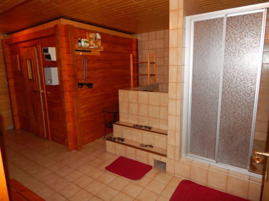 Sauna & Dusche