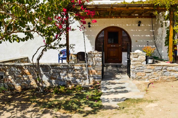 Detached Naxos house with view-2 km from the beach