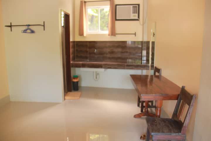 Lakan Diwa Inn - Barkada Room 2