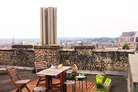 Appartement lumineux dans le centre de Liège - Liège - Wohnung