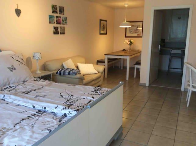 Cozy apartment near Paracelsus Clinic