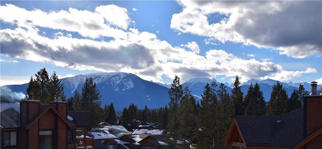 Mountain View Condo - 2 bed/2 bath