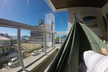 Apartamento completo à beira mar em Palmas - Governador Celso Ramos - Apartment