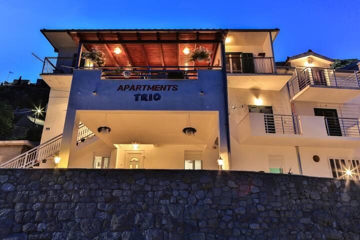 *NEW*,Apartment Trio ,near Split - Klis - Apartment