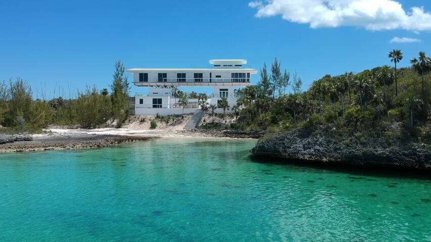 Sky Cove- Come Enjoy Eleuthera's Finest!