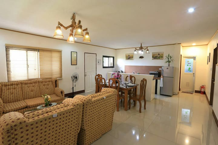 Home for Transient in Tagaytay