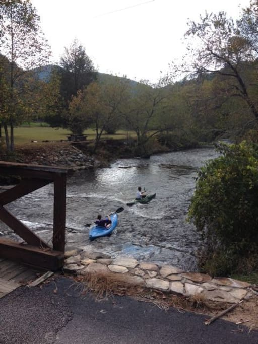 Our bridge over the Toccoa River!