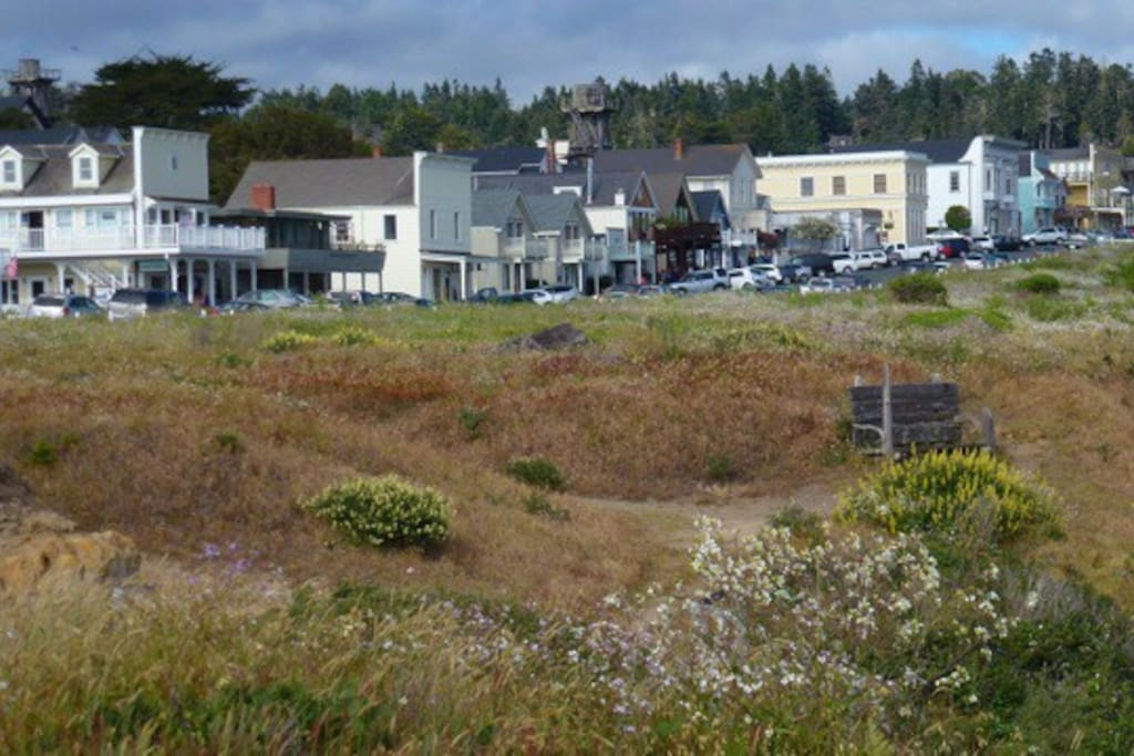 The charming Village of Mendocino is a 10 minute walk